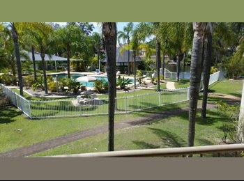 EasyRoommate AU - Large room with ensuite , Gold Coast - $190 pw
