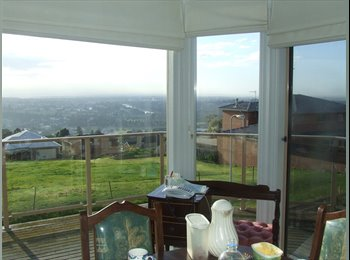 EasyRoommate AU - Lovely house on top of a ridge in Highton Geelong, Highton - $200 pw