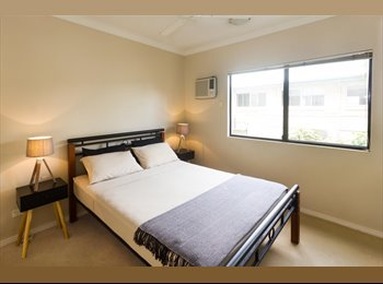 Double Room in a Modern, clean and quiet apartment, close...