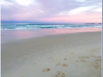 EasyRoommate AU - Beautiful beach front living , Gold Coast - $220 pw