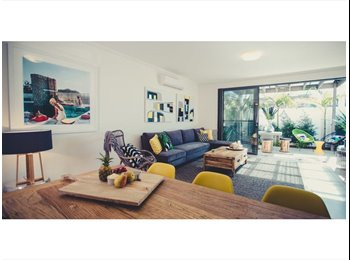 EasyRoommate AU - Beautiful new home , Robina - $175 pw