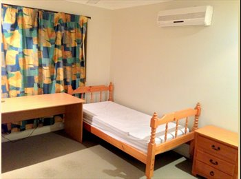 EasyRoommate AU - 3 Single rooms, Robertson - $130 pw
