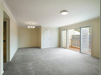 Apartment in Carlton to share