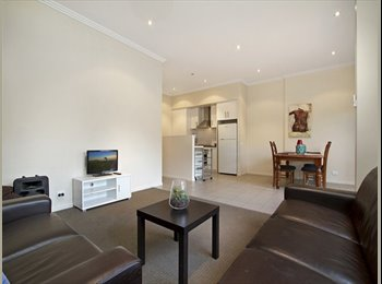 EasyRoommate AU - Queen Room - Own Bathroom - Bills & Internet INC - Golden Square, Kangaroo Flat - $220 pw