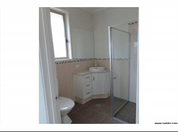 EasyRoommate AU - Room for rent., Seaton - $255 pw