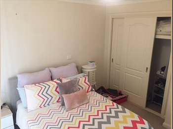 ONE ROOM AVAILABLE FOR RENT IN PARK CENTRAL!!