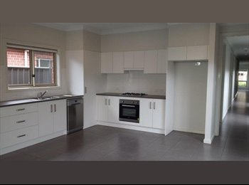 EasyRoommate AU - Great space close to the CBD, Ashford - $150 pw