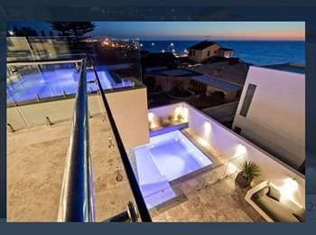 Luxury $3mill residence with 180 views from the infinity...