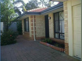 Nice House near Curtin University with very frequent free...