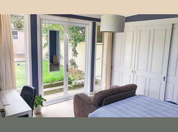 EasyRoommate AU - Beautiful House , Canterbury - $300 pw