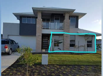 Large 6.21m x 6m room in Peregian Beach (Breeze Estate)