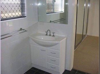 EasyRoommate AU - Nice house, great location sharehouse, Cranbrook - $150 pw