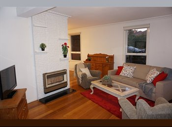 EasyRoommate AU - Furnished Rooms in Mount Waverley (close to Deakin & Monash), Forest Hill - $240 pw