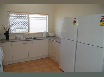 EasyRoommate AU - Twin super slashed price, Cairns - $115 pw