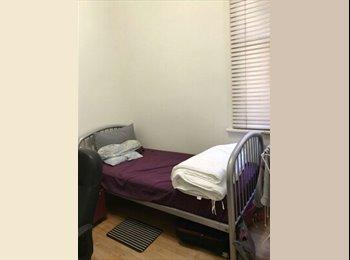 EasyRoommate AU - 2 rooms in elizabeth Street, Melbourne - $185 pw