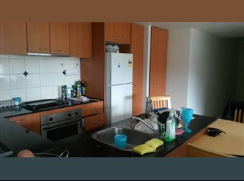 EasyRoommate AU - Super Deal 145$/week/ central surfers paradise, Gold Coast - $145 pw