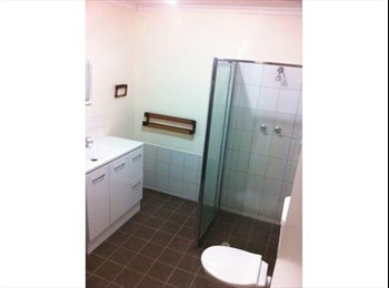 EasyRoommate AU - ROOM FOR RENT ADELAIDE CBD $175 P/WEEK *FEMALES & COUPLES ONLY*, Adelaide - $175 pw