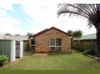 EasyRoommate AU - Fully furnished 3-bedroom house  with two air-conditioners. only $375, Robertson - $375 pw