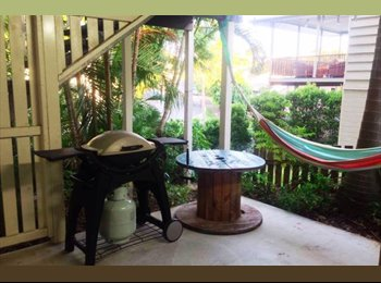 EasyRoommate AU - Paddington Studio - City Retreat, Red Hill - $350 pw