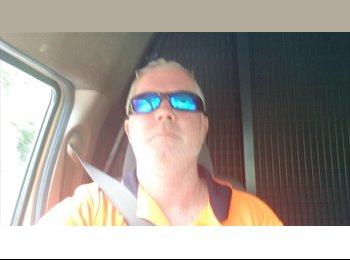EasyRoommate AU - Steve - 41 - Sunshine Coast