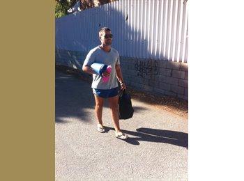 EasyRoommate AU - Brian - 33 - Perth
