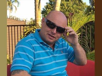EasyRoommate AU - Gareth - 41 - Townsville