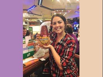EasyRoommate AU - Sarah - 24 - Sydney