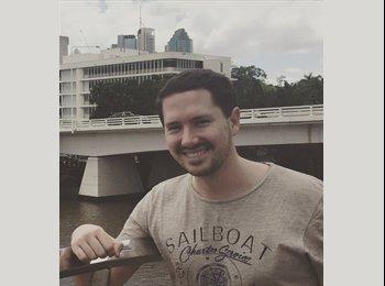 EasyRoommate AU - Simon - 26 - Brisbane