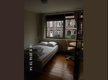 Appartager BE - two rooms available for  female, Evere - 540 € / Mois