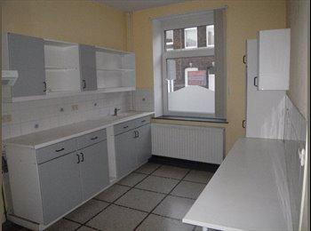 Appartager BE - maison en colocation - Charleroi, Charleroi - 250 € / Mois
