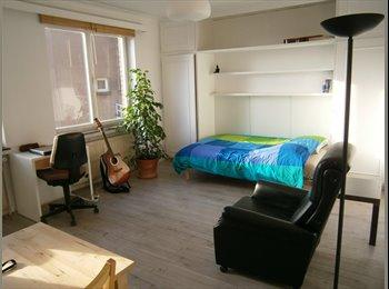 Studio de 30 m2, Lumineux,5 min du Parvis de Saint