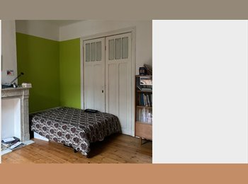 CHAMBRE LIBRE 1er AVRIL / ROOM AVAILABLE APRIL THE 1st
