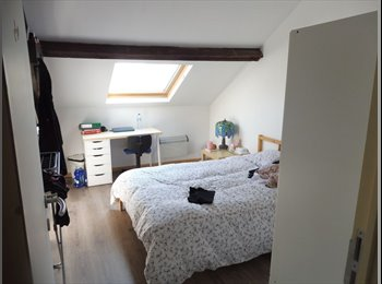 Appartager BE - GRANDE MAISON DE MAITRE TOUT CONFORT, Charleroi - 435 € / Mois