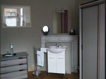 Appartager BE - Petite chambre douillette dans une coloc super chouette ! - Court-Saint-Étienne, Court-Saint-Étienne - 310 € / Mois
