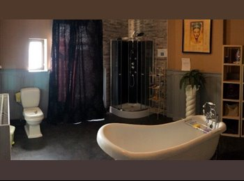 Appartager BE - chambre a louer, Charleroi - 375 € / Mois