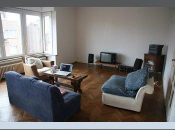Appartager BE - 3 Chambres - colloc - Flagey - Ixelles-Elsene, Bruxelles-Brussel - 377 € / Mois