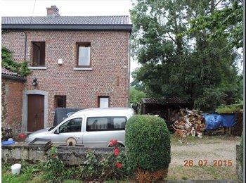Appartager BE - Chambre dans petite maison de campagne - Louvain-la-Neuve, Louvain-la-Neuve - 390 € / Mois