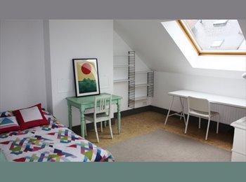 Appartager BE - Chambre à louer dans maison bruxelloise typique - Schaerbeek Schaarbeek, Bruxelles-Brussel - 380 € / Mois