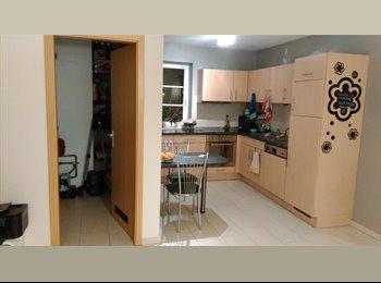 Colocation appartement moderne à Courcelles