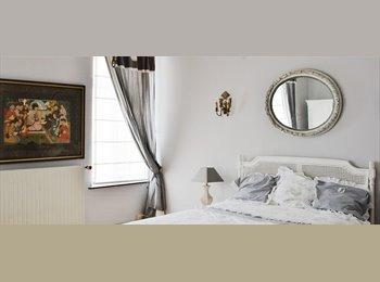 Appartager BE - Chambres à louer dans un appartement de 3 chambres Chic à Woluwe Saint Lambert - le Pentagone (centre ville), Bruxelles-Brussel - 600 € / Mois