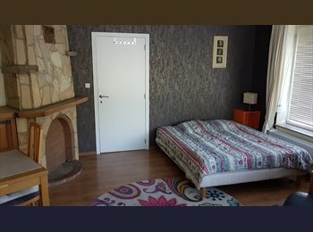 Appartager BE - Grande chambre 16m²  - Anderlecht, Bruxelles-Brussel - 250 € / Mois