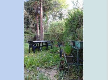 Appartager BE - Chambre à louer dans une colocation à Boitsfort, quartier très vert et calme à deux pas de la forêt! - Watermael Boitsfort - Watermaal Bosvoorde, Bruxelles-Brussel - 480 € / Mois