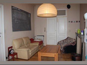 Appartager BE - Deux Chambres disponibles dans une collok , Bruxelles-Brussel - 425 € / Mois