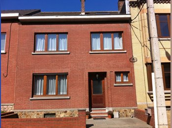 Appartager BE - Maison sur fleurus, Charleroi - 300 € / Mois