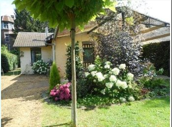 Appartager BE -  COLOCATION MEUBLEE(maison) pour 2 étudiantes, Esneux - 350 € / Mois