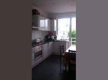 Appartager BE - Colocation Etterbeek , Etterbeek - 555 € / Mois