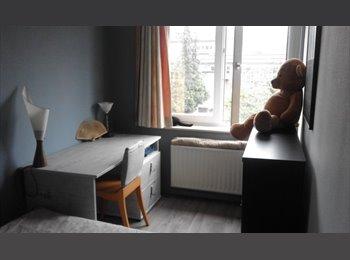 Appartager BE - Belle chambre Meublée avec Salon, Jette - 350 € / Mois