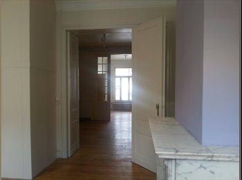 Appartement à louer partiellement meublé