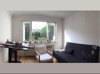 Appartager BE - Chambre de 25 m2 dispo immédiatement dans une grande coloc * Flagey/Jourdan, Etterbeek - 590 € / Mois