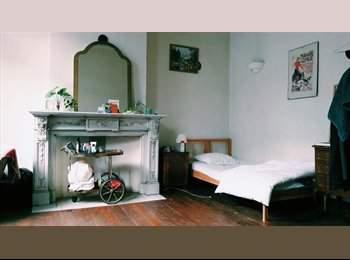 Appartager BE - Great room, Saint Gilles Sint Gillis - 550 € / Mois